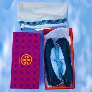 Shoes - NWT Tory Burch ballerina shoes